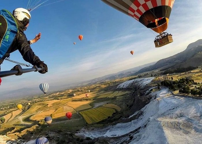 Pamukkale Paraglider With Hot Air Balloon
